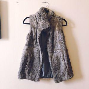 Gray rabbit fur vest (real)
